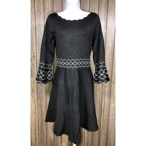 Danny and Nicole size Large dress